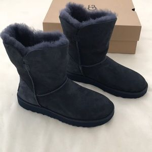 Brand new authentic classic short Cuff UGG boots